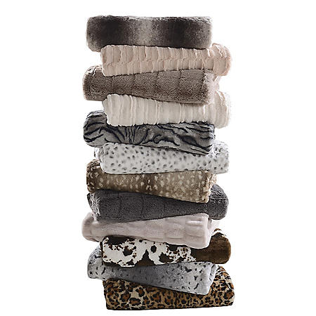 Member's Mark Luxury Faux Fur Throw (Various Prints)