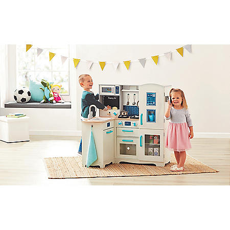 Member's Mark Deluxe Wooden Kitchen Play Center