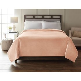 Member's Mark Decorative Cloud Throw Blanket (Assorted Colors and Sizes)