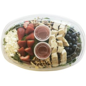 Member's Mark Berry Chicken Salad with Strawberry Poppyseed Dressing (priced per pound)