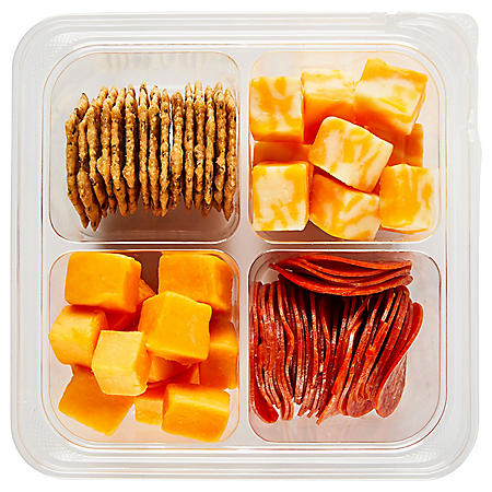 Member's Mark Cafe Cracker, Cheese and Pepperoni Snack Tray (serves 1-3)