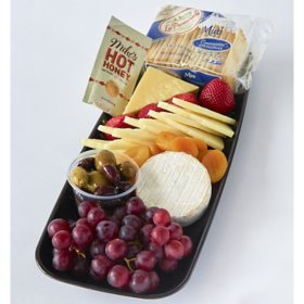 Member's Mark Gourmet Cheese Board (priced per pound)