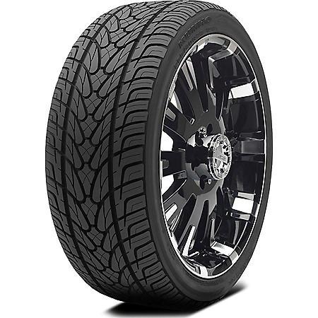 Kumho Ecsta STX - 305/50R20 120V Tire