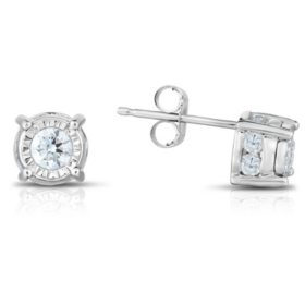0.95 CT. T.W. Diamond Stud Earrings in 14K White Gold