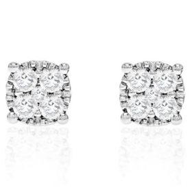 0.50 CT. T.W. Diamond Stud in 14K White Gold