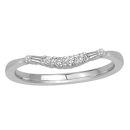0.15 CT. T.W. 14K Gold Contour Band with Round and Baguette Diamonds (H-I, I1)