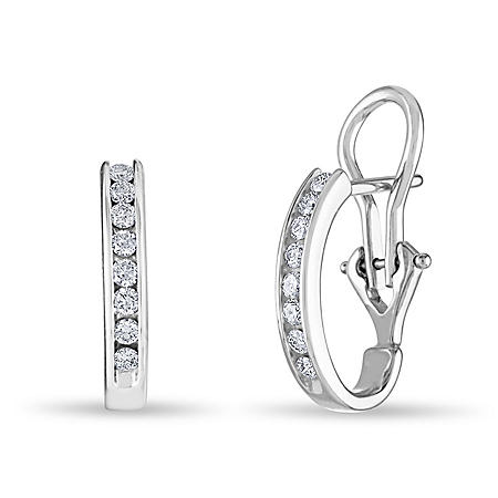 0.23 CT. TW. Diamond Earrings in 14K White Gold (H-I, I1)