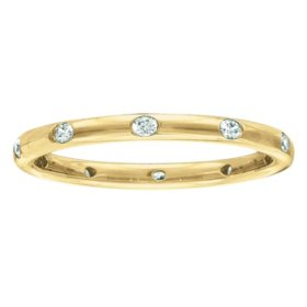 0.23 CT. T.W. Diamond Band in Yellow Gold (I, I1)