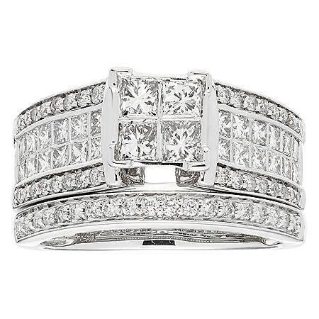 1.50 CT T.W. Diamond Wedding Riing Set in 14K White Gold