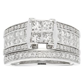 1.50 CT T.W. Diamond Wedding Riing Set in 14K White Gold