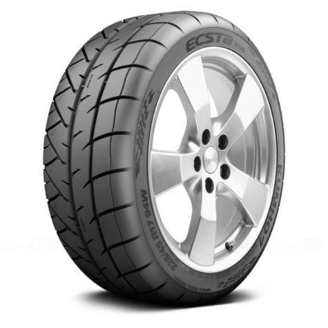 Kumho Ecsta V720 - 225/40R18/XL 92W Tire
