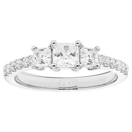 1.0 CT. T.W. 3 Stone Princess Diamond Ring in 14K Gold