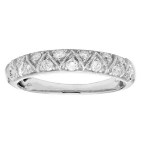 0.25 CT. T.W. Vintage Diamond Band Set in 14K Gold
