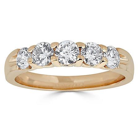 0.99 CT. T.W. 5-Stone Diamond Ring Band in 14K Gold (H-I, I1)