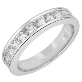0.75 CT. T.W. 12-Stone Round Diamond Channel-Set Band Ring in 14K Gold (H-I, I1)