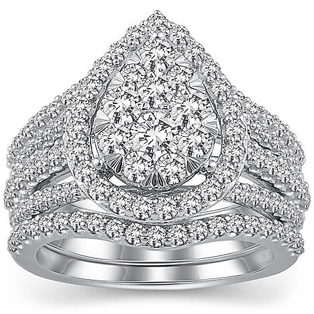 2.00 CT T.W. Pear Shape Diamond Engagement Ring in 14k White Gold