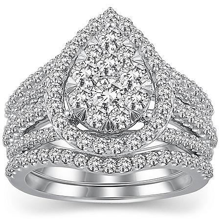 2.00 CT T.W. Pear Shape Diamond Bridal Set in 14K White Gold