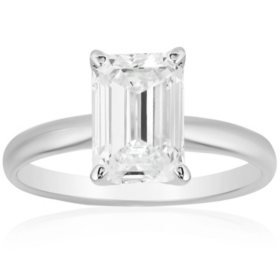 Superior Quality Collection 2 CT. T.W. Emerald Shaped Diamond Solitaire Ring in 18K Gold (I, VS2)