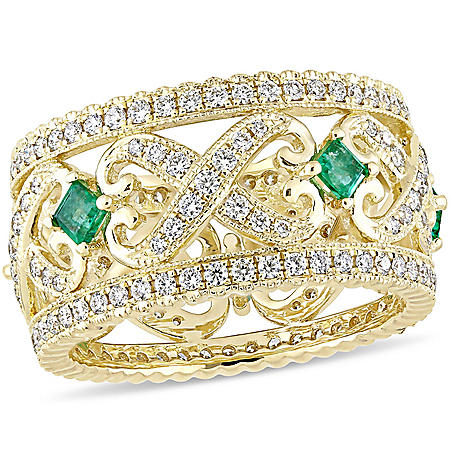 Allura 0.88 CT Diamond and 0.38 CT Square-Cut Emerald Vintage Ring in 14k Yellow Gold