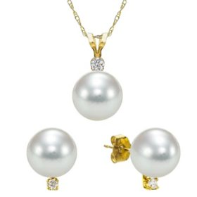 8-8.5mm Akoya Pearl with 0.03 CT. T.W. Diamond Pendant and Earring Set in 14k Yellow Gold