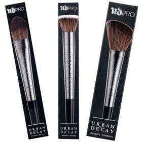 Urban Decay Pro Diffusing Blush, Highlighter, and Flat Optical Blurring Brush Set
