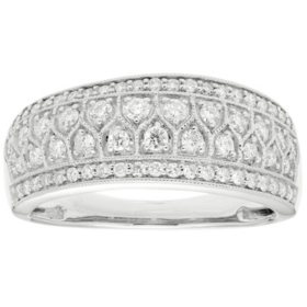 0.50 CT. T.W. 65-Stone Diamond Band in 14K Gold (I, I1)