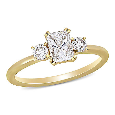 Allura 0.95 CT. T.W. Radiant and Round-Cut Diamond Three Stone Engagement Ring in 14k Yellow Gold