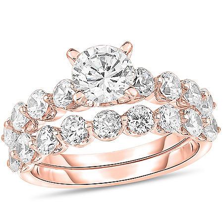 1.95 CT. T.W. Round Diamond Bridal Set in 14K Gold