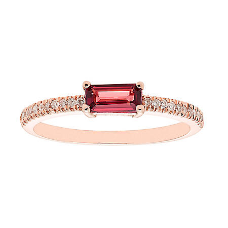 Garnet and 0.10 CT. T.W. Diamond Ring in 14K Gold