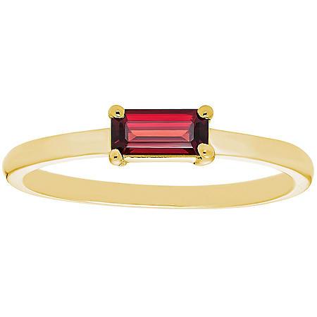 Garnet Baguette Ring in 14K Gold