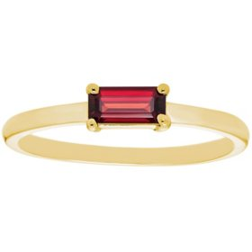 Garnet Baguette Ring in 14K Gold