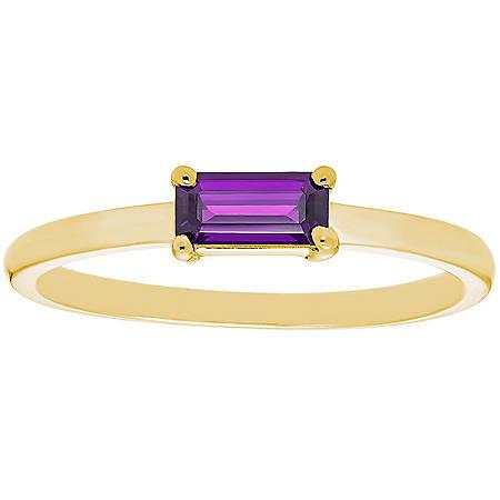 Amethyst Baguette Ring in 14K Gold