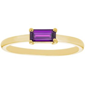Amethyst Baguette Ring in 14K Gold