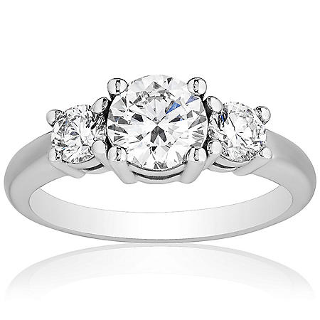 Superior Quality Collection 1.50 CT. T.W. Diamond Three Stone Ring in 18 Karat White Gold (I, VS2)