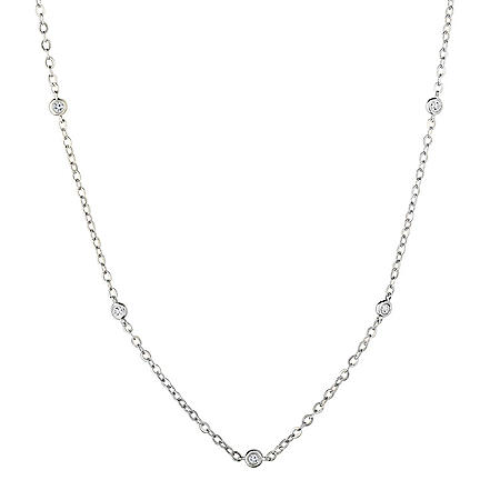 0.13 CT. T.W. Diamond Necklace in 14K Gold