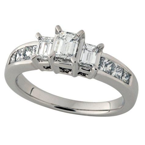 1.00 ct.t.w. Emerald Cut Diamond Three Stone Ring in 14k White Gold (I, SI2)
