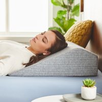 Loungeables Wedge Pillow