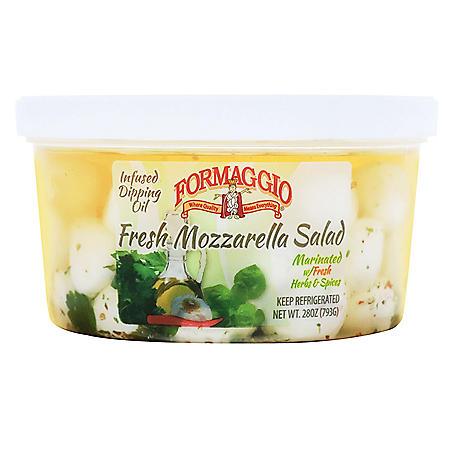Formaggio Marinated Mozzarella Salad (28 oz.)