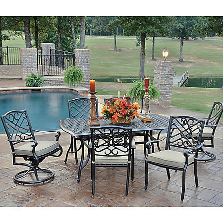Foremost Harmony 7-Piece Dining Set