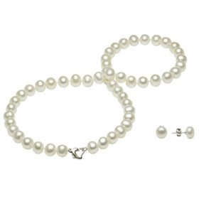 Sterling Silver Heart Clasp Freshwater Pearl Necklace and Earring Set (7-8mm)