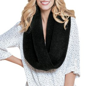 Peace & Pearls Women's Cozy Scarf
