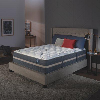Serta Perfect Sleeper Luxury Hybrid Blakefield Plush Queen Mattress