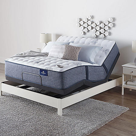 Serta Perfect Sleeper Oakbridge 3.0 Firm Queen Mattress and Motion Essentials IV Adjustable Base Set