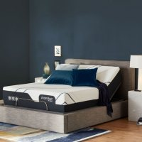 Serta iComfort CF4000 Plush Queen Mattress and Motion Perfect Adjustable Base Set