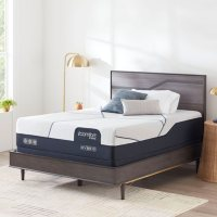 iComfort by Serta CF3000 Hybrid Medium Queen Mattress Set