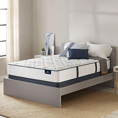 Serta Perfect Sleeper Castleview Limited Edition Plush Queen Mattress Set