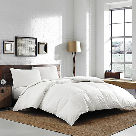 Eddie Bauer German Batiste Baffle Box 700 FP White Goose Down Comforter - Various Sizes