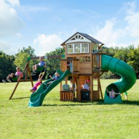 Backyard Discovery Bristol Point Cedar Swing Set/Playset
