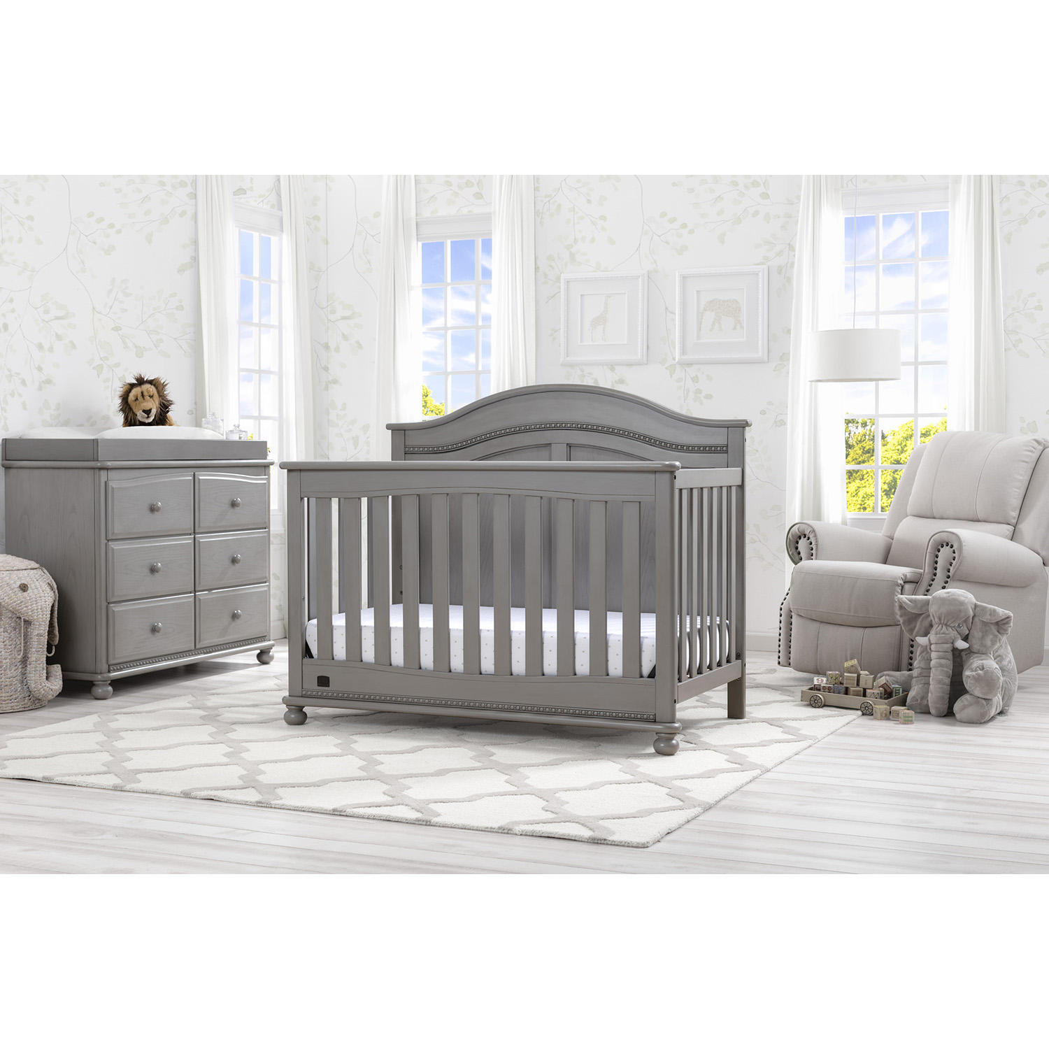 Simmons Kids Bedford 5-Piece Baby Furniture Set