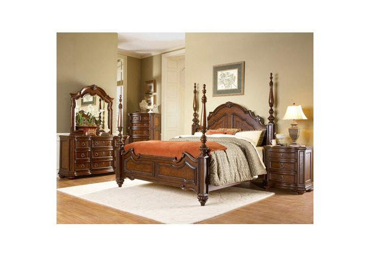 Sam\'s Club - Aubrey Queen Canopy Bed Set - 5 pcs.